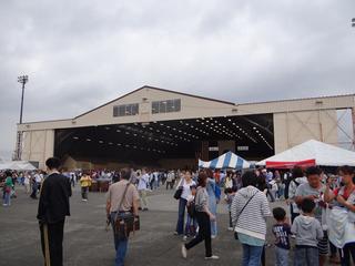 横田基地場内02.JPG